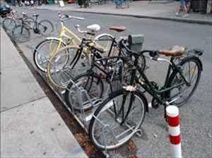 Rak Sepeda Pasar